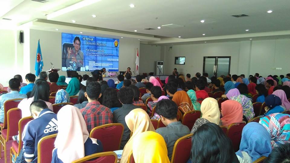 Seminar Ekonomi Regional