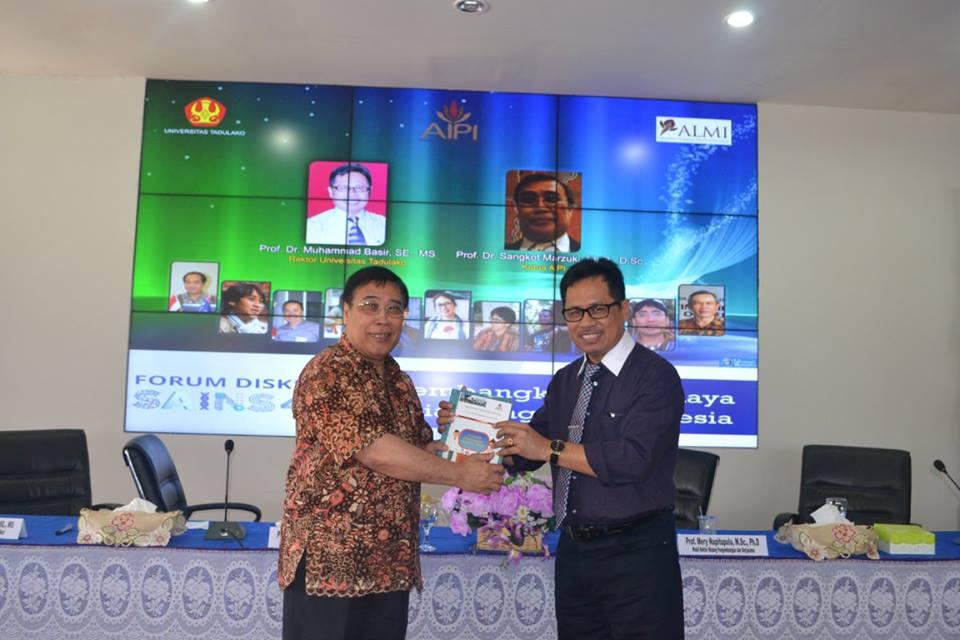 AIPI Kunjungi Untad untuk Forum Diskusi Sains