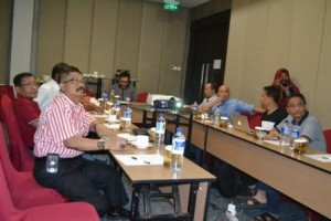 Pertemuan Rektor Untad dengan Tim Advisor (Foto Taqyuddin Bakri)