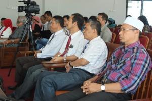 Dekan-dekan fakultas yang sempat hadir dalam kegiatan ini (Foto : zl).