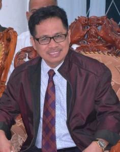 Rektor Untad, Prof Dr Ir Muhammad Basir Cyio SE MS