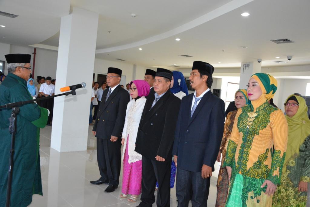 Kepala BUK dan 15 Pejabat Lainnya Dilantik Rektor