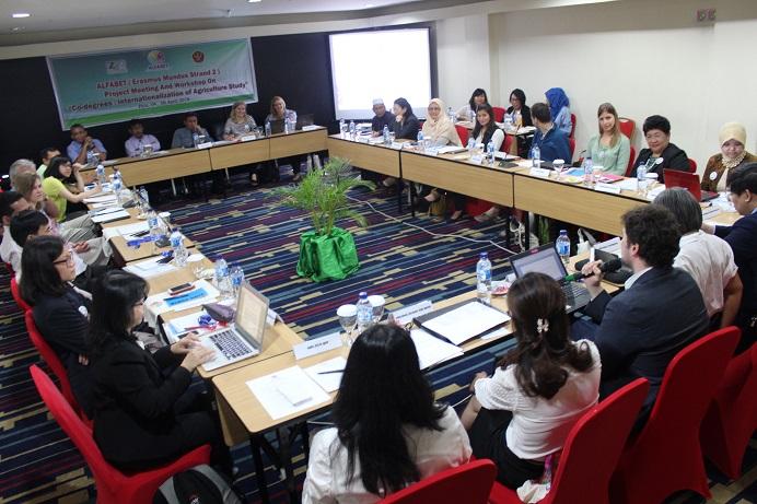 Perdana, Untad Tuan Rumah Penyelenggara Meeting ALFABET