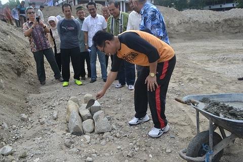 Rektor Letakkan Batu Pertama, Masjid Lantai Dua Fatek Dibangun