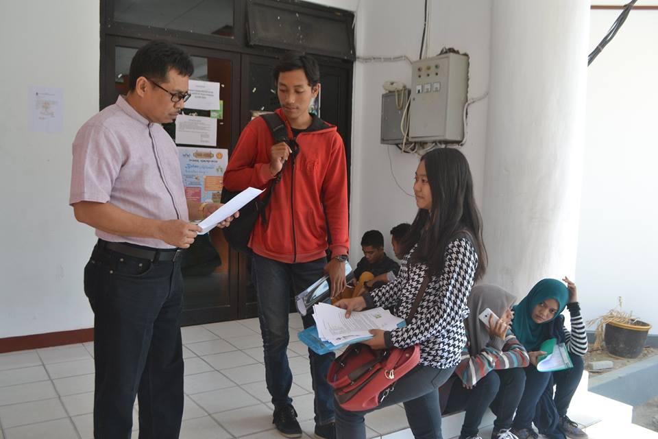 Pastikan Mahasiswa Baru Terlayani dengan Baik, Rektor Turun Langsung ke BAKP