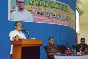 Menteri Ketenagakerjaan Sampaikan Kuliah Umum di Untad