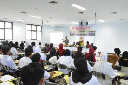 RS Universitas Tadulako Selenggarakan In House Training bagi Pegawainya