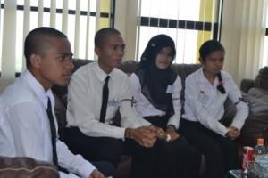 Rektor Gelar Pertemuan dengan Mahasiswa Kelas Internasional (6)