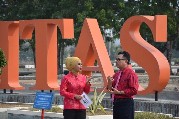 Rektor Untad Isi Acara Semangat Pagi Indonesia