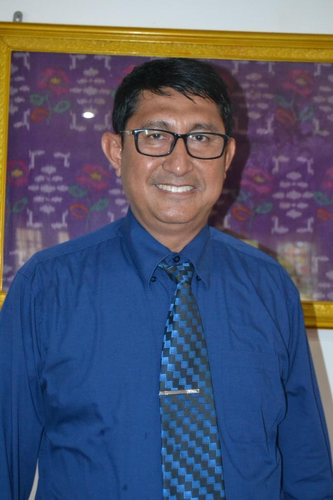 Dr Lukman Nadjamuddin MHum Terpilih Jadi Dekan FKIP Periode 2016-2020