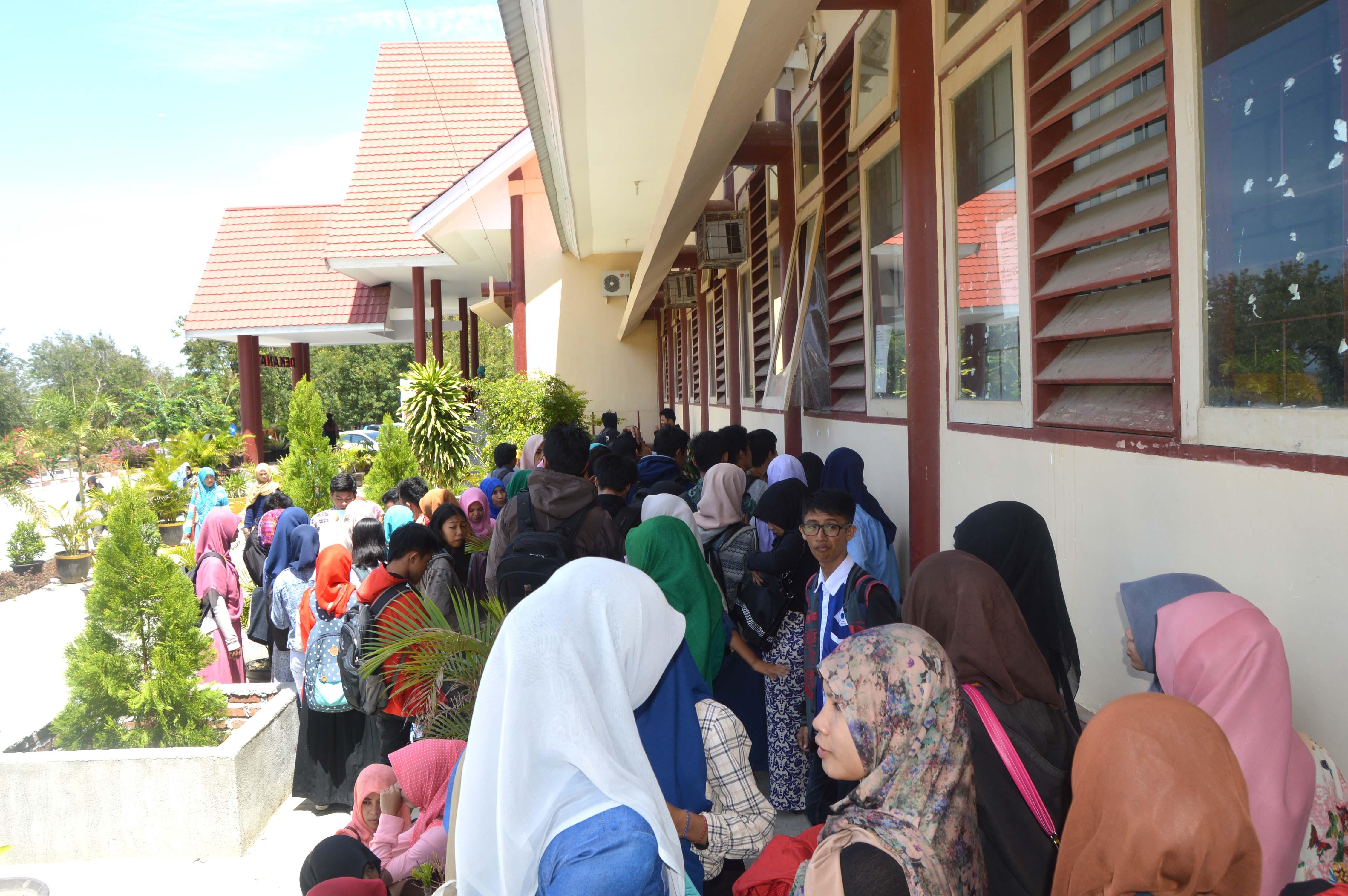 Mahasiswa UNTAD Mulai Kembali Disibukkan Dengan KRS