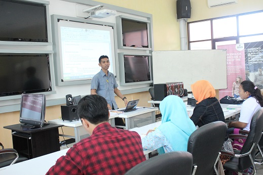 Pusat Bahasa Laksanakan Stimulation TOEFL and Tryout