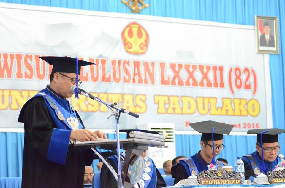 Wisuda ke-82, Untad Lepas 1.372 Alumni