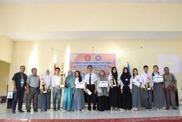 Jadi Juara, SMA Model Terpadu Madani Rebut Piala Bergilir Dekan FKIP