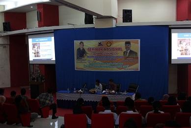 Rektor Unesa Jadi Pembicara Seminar Jurusan P.IPS FKIP