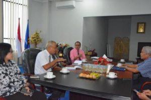 Jajaran Pimpinan Untad saat Menggelar Rapim pada Senin (10/10) (Foto Taqyuddin Bakri)