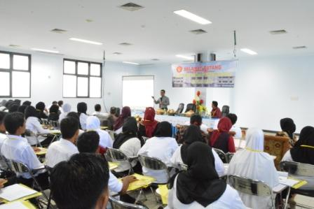 RS Universitas Tadulako Selenggarakan In House Training bagi Pegawainya