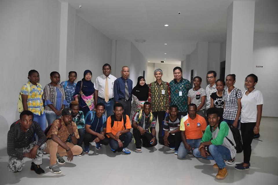 Untad Terima 15 Mahasiswa Baru Melalui Program ADiK & ADeM