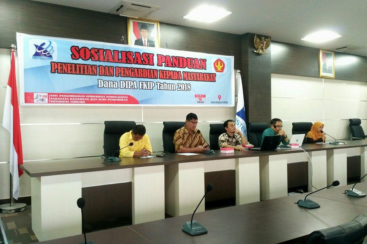 FKIP Untad Sosialisasikan Panduan Penelitian & Pengabdian Kepada Masyarakat 2018 Untuk Para Akademisi
