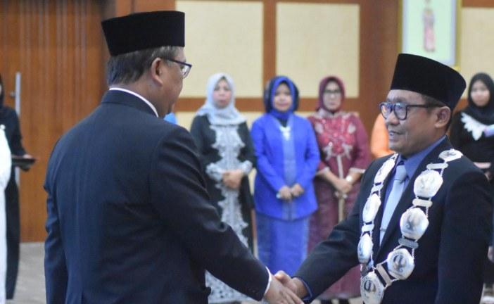Menristekdikti Lantik Rektor Untad Periode 2019-2023
