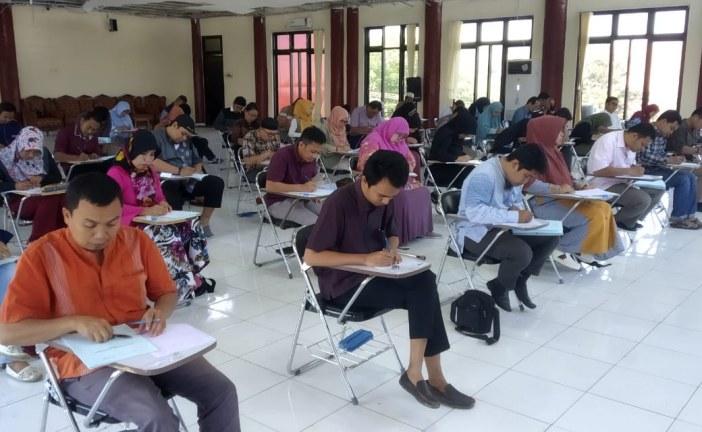 UPT Bahasa Untad Bersama Bappenas Gelar Tes Potensi Akademik (TPA) Untuk Para Dosen