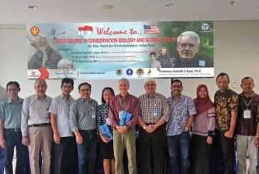 International Office Untad Bersama University of Washington Gelar Pelatihan Biologi Konservasi & Kesehatan Global