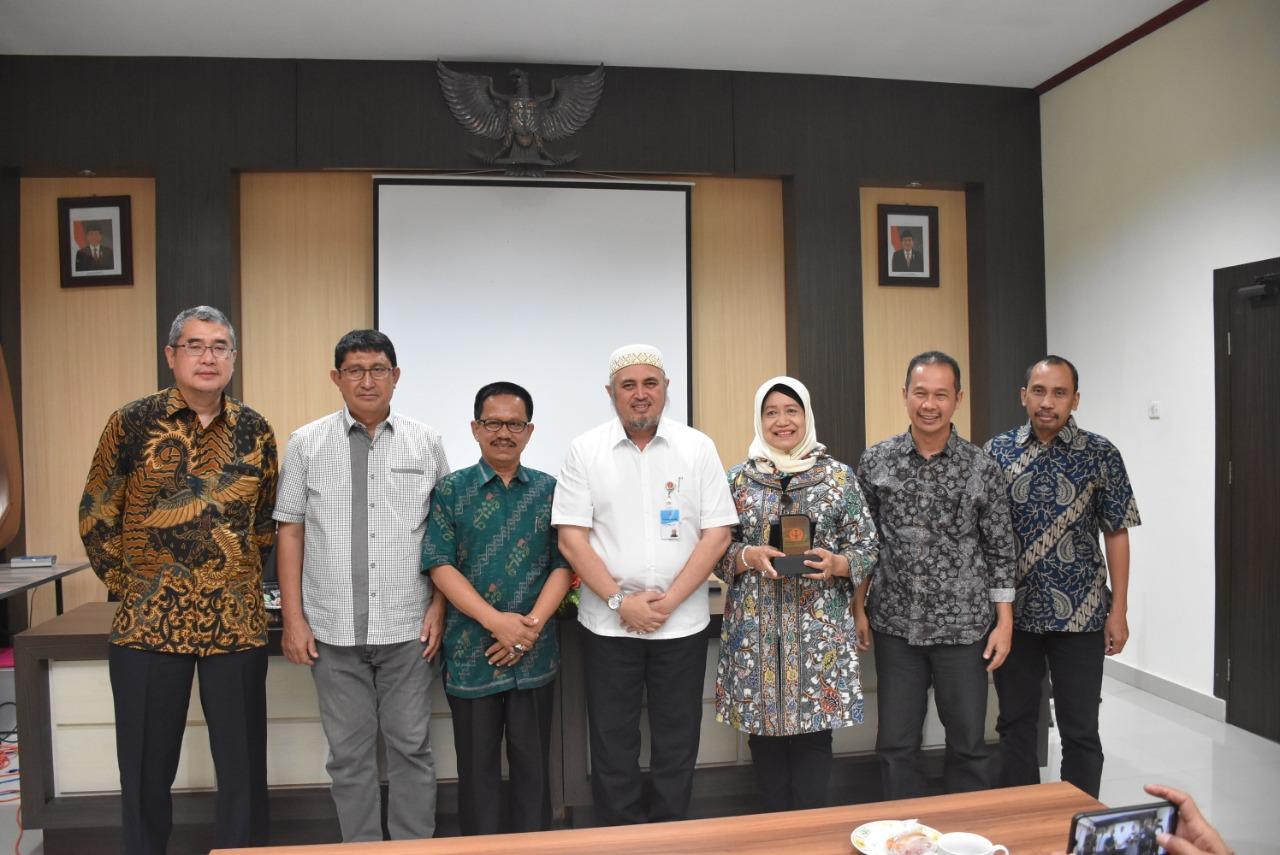 LLDikti Bersama Universitas Esa Unggul Bangun Kerjasama Dengan Untad Terkait KKN Tematik Merajut Nusantara III Di Wilayah PaSiGala – Sulteng