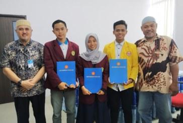 Untad Lepas Tiga Mahasiswa Program PERMATA Asal Untirta Banten & Universitas Lambung Mangkurat Banjarmasin