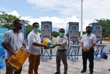Tim Satgas Covid 19 Untad Serahkan 50 Fasilitas Cuci Tangan Untuk Seluruh Fakultas