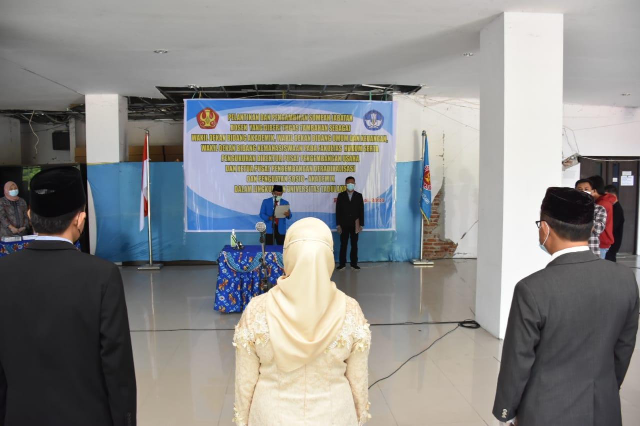 Rektor Lantik Para Wakil Dekan Fakultas Hukum Serta Direktur PPU & Ketua Pusbang DePSA